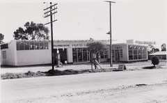 Goldies Roadhouse, Opening Day, Sept 1955