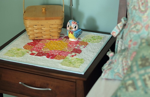 bloom - bedside table quilt