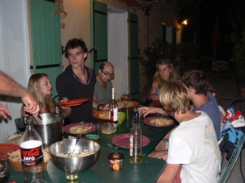dîner pâtes aux courgettes.jpg