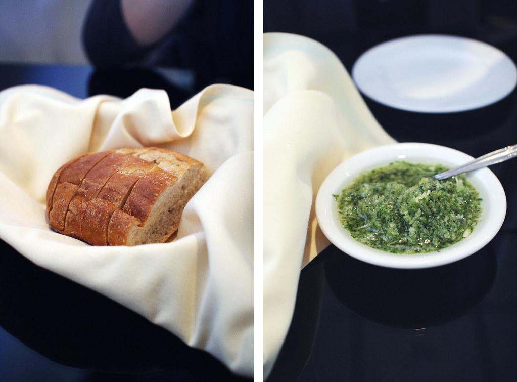 garlic and bread at garlic rose