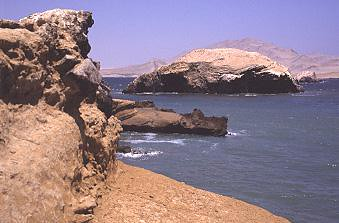 Sea kayaking in Paracas with Nature Expeditions (6)