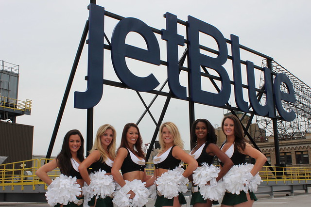 The Jets Flight Crew visits JetBlue