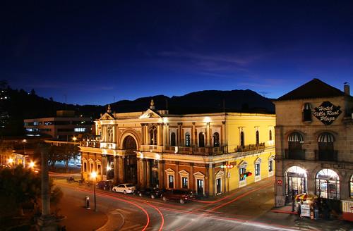 Pasaje Enríquez Iluminado. Centro histórico de Quetzaltenango.