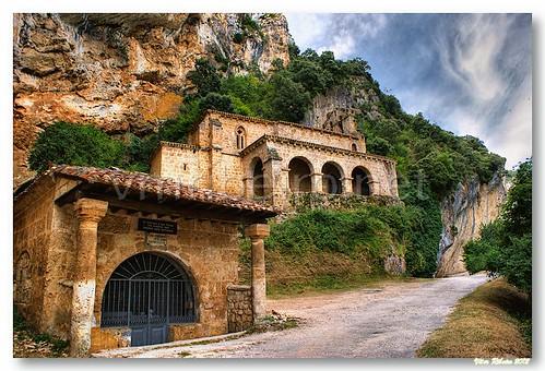 Ermida Santa María de la Hoz by VRfoto