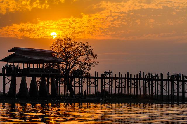 Puente de madera de U Bein. Lago Taungthaman. Amarapura. Birmania.