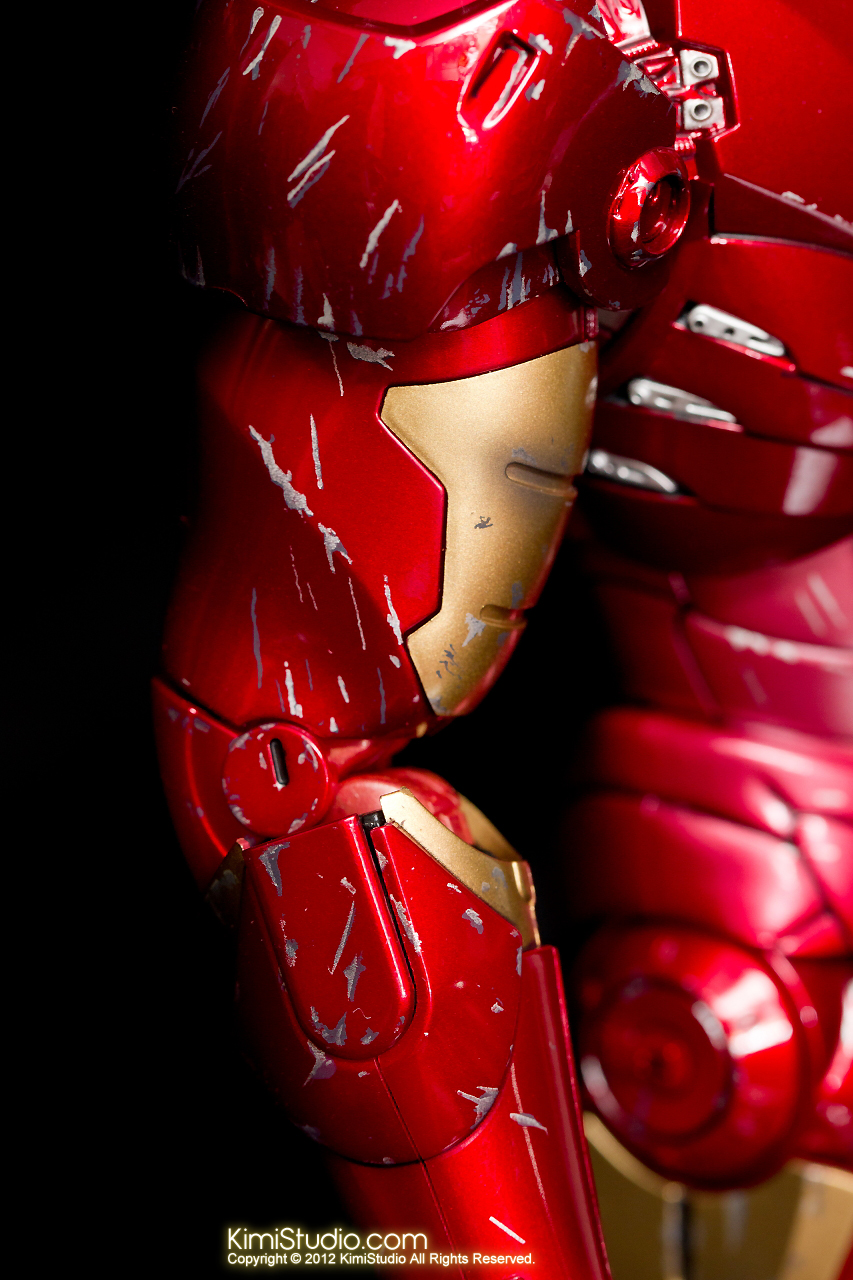 2012.09.13 MMS110 Hot Toys Iron Man Mark III 戰損-011