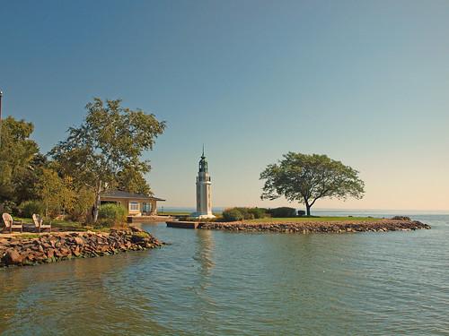 lighthouse water cameraclub lakewinnebago becon
