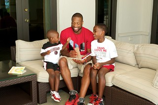 Dwyane with sons_hires