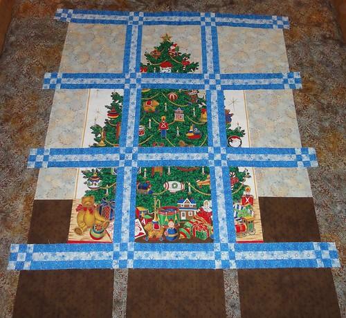 Christmas Houses - Tree