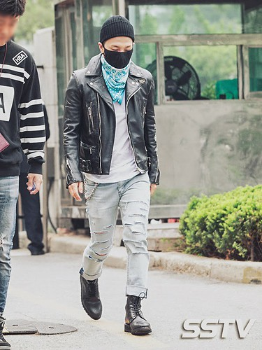 Taeyang BIGBANG KBS Music Bank arrival 2015-05-15 PRESS001