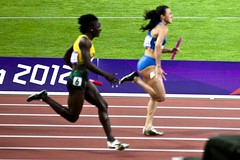 middle-distance running(0.0), modern pentathlon(0.0), 110 metres hurdles(0.0), obstacle race(0.0), 100 metres hurdles(0.0), hurdle(0.0), 800 metres(0.0), physical exercise(0.0), hurdling(0.0), sprint(1.0), athletics(1.0), track and field athletics(1.0), championship(1.0), sports(1.0), running(1.0), 4 㗠100 metres relay(1.0), heptathlon(1.0), person(1.0), athlete(1.0),