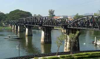 Thailand-Kwai-train