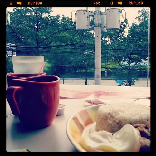 Jollibee breakfast joys