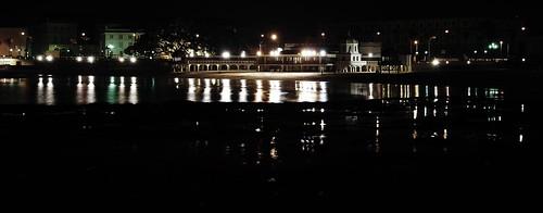 La Caleta en la noche
