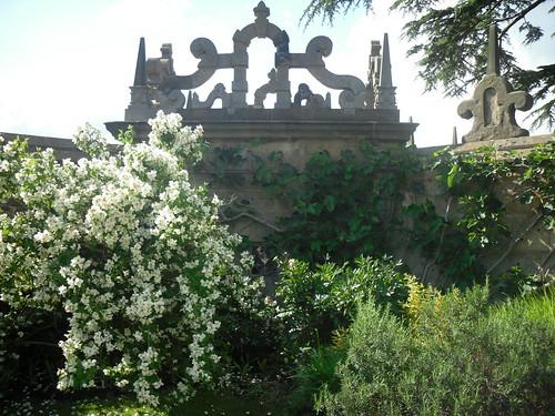 Hardwick Hall, gardens