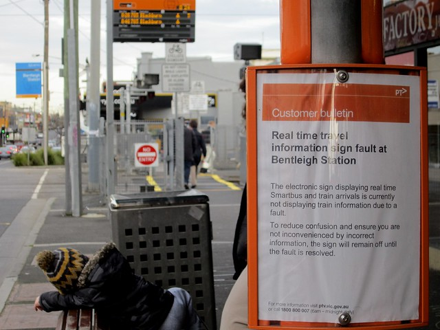 Bentleigh Smartbus sign: apology 2