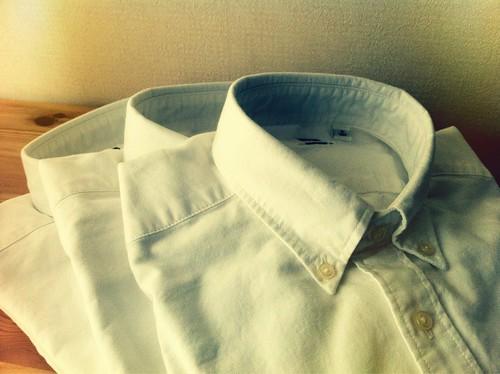 ユニクロのオックスフォードボタンダウンシャツ