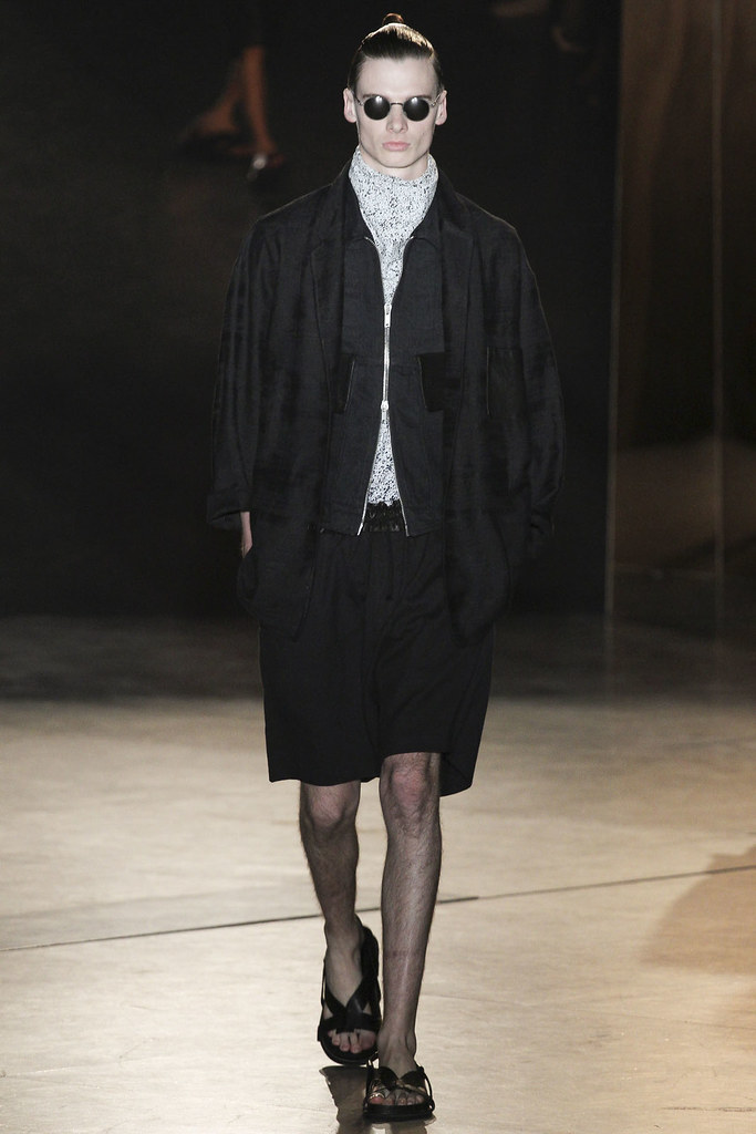 Angus Low3062_SS13 Paris Damir Doma(VOGUE)