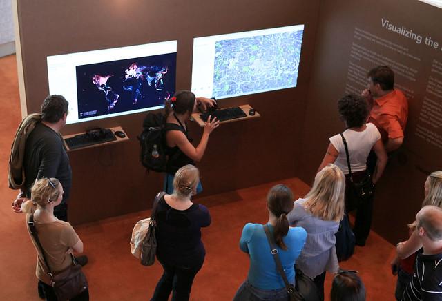 Brucknerhaus - We Guide You