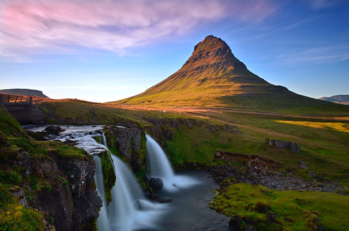 longexposure travel color landscape evening waterfall iceland islandia nikon snaefellsnesspeninsula kirkjufellsfoss davidshield bestcapturesaoi elitegalleryaoi kirkjufellmountain