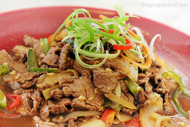 Sautéed Beef Tenderloin with Green Pepper, Onion and Capsicum