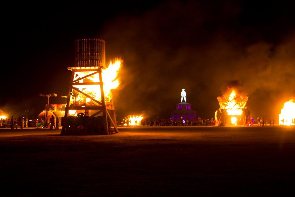 BurningMan2012-103