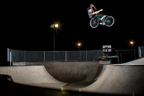 Luke Peeters - New Setup Lookback by gloskris