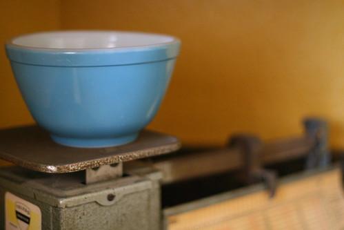 blue pyrex bowl.