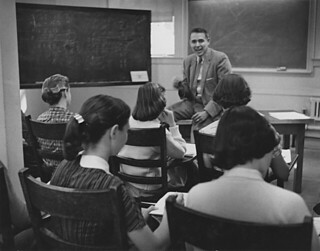 Psychology class with Professor William Faust in the 1950s