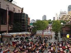 恵比寿麦酒祭、開場10分後の様子。行列進まぬ
