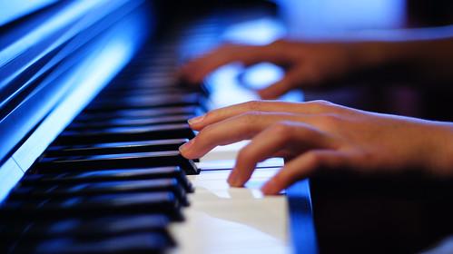 Blue Pianist.