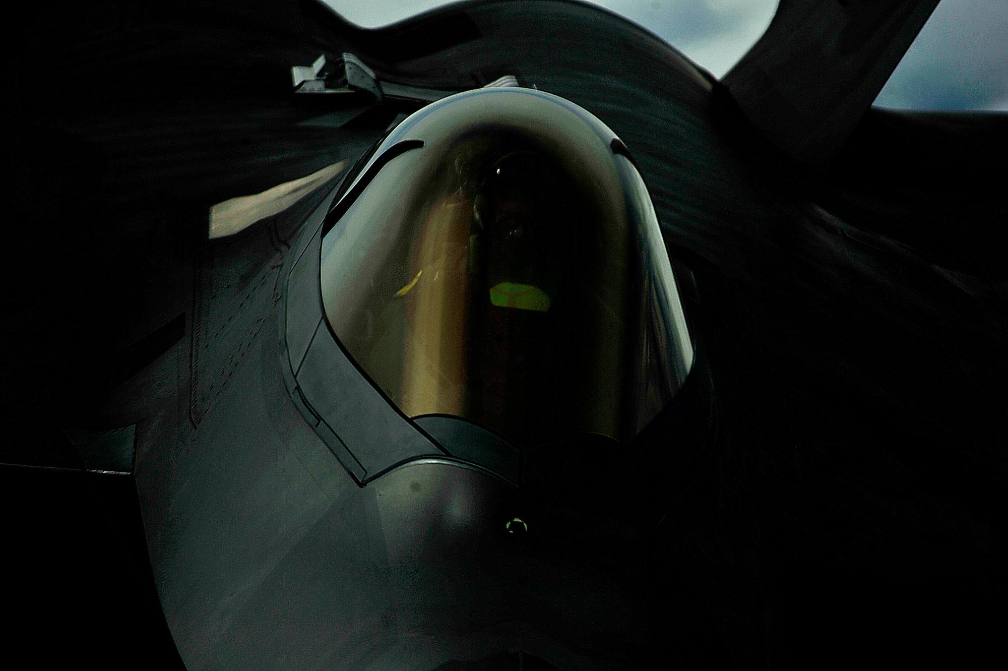 F-22 Raptor 002