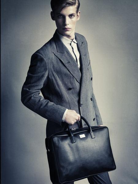 Baptiste Radufe0015_Cerruti 1881 SS12(Homme Model)