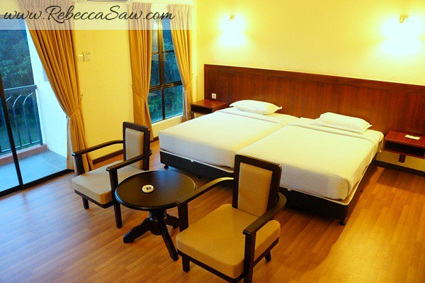 Malaysia Tourism Hunt 2012 - bukit gambang resort city-010