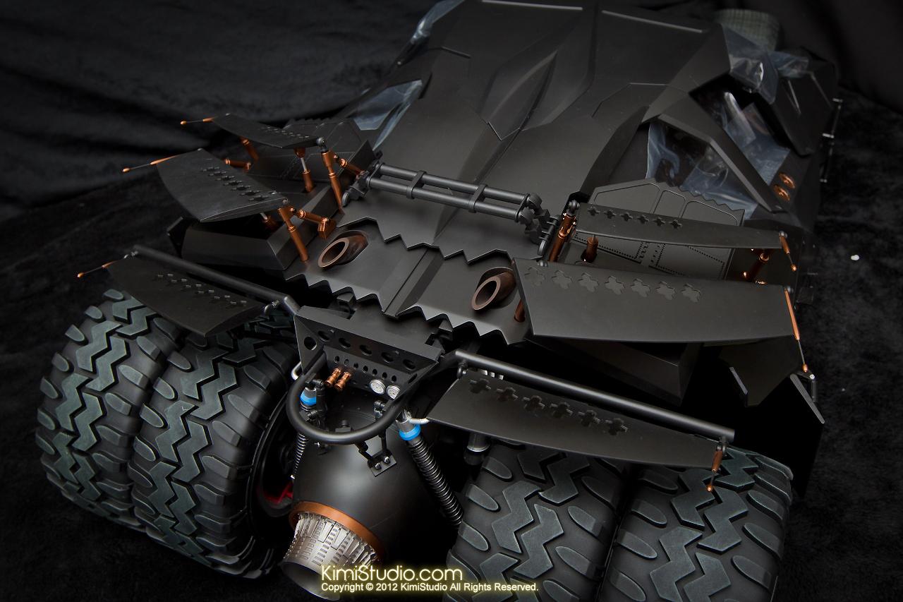 2012.09.22 MMS69 Hot Toys Batmobile-026