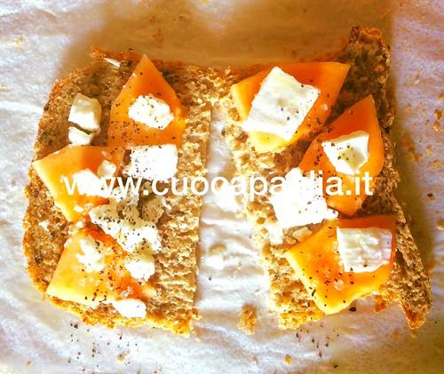 Pane iperproteico ai semi oleosi e alghe