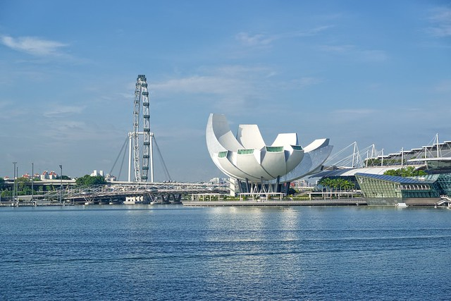 Singapore Flyer ferris wheel and Arts & Sciences museum at Marina Bay in Singapore