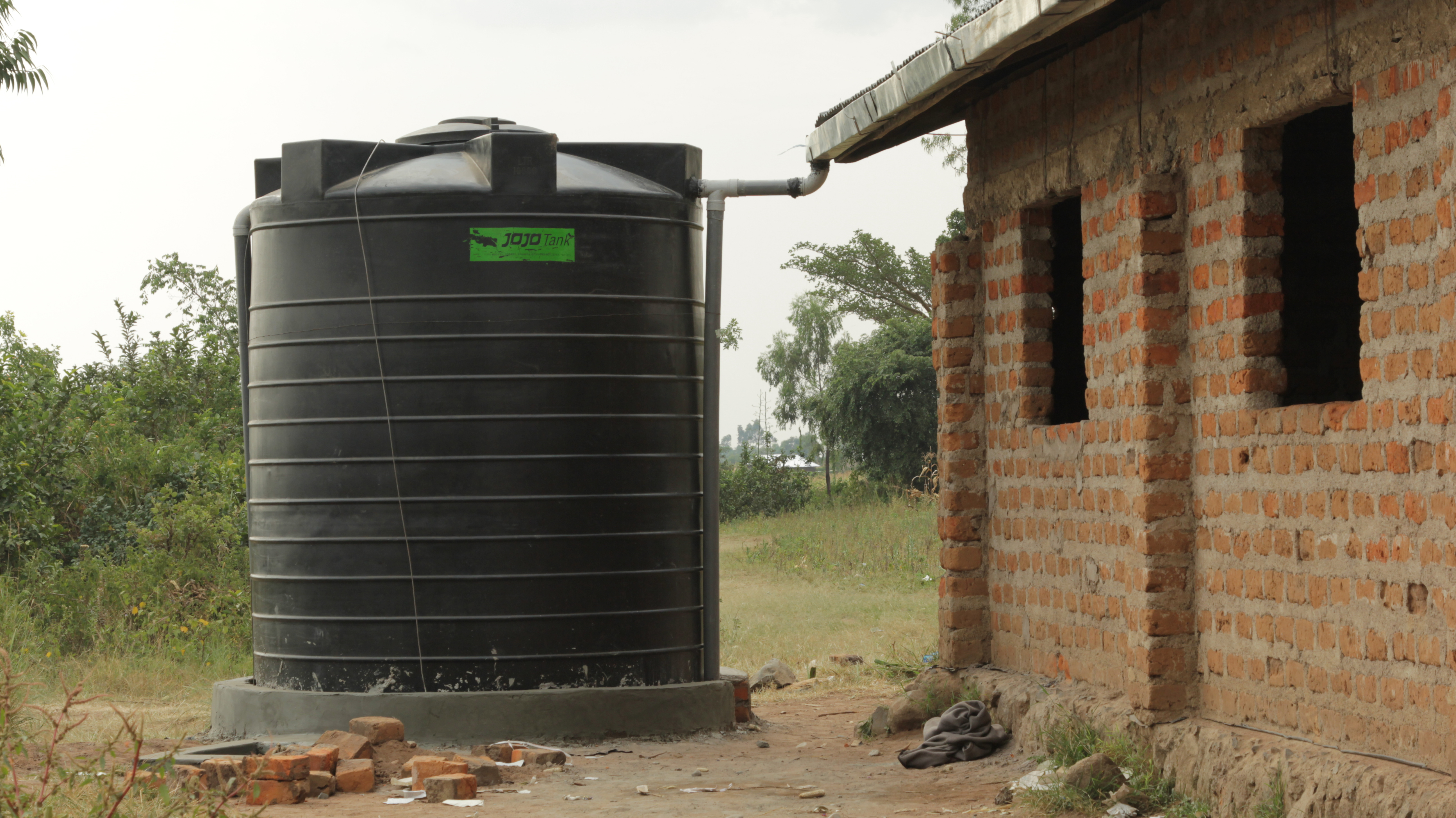Incidental treatment trains in urban rainwater harvesting systems