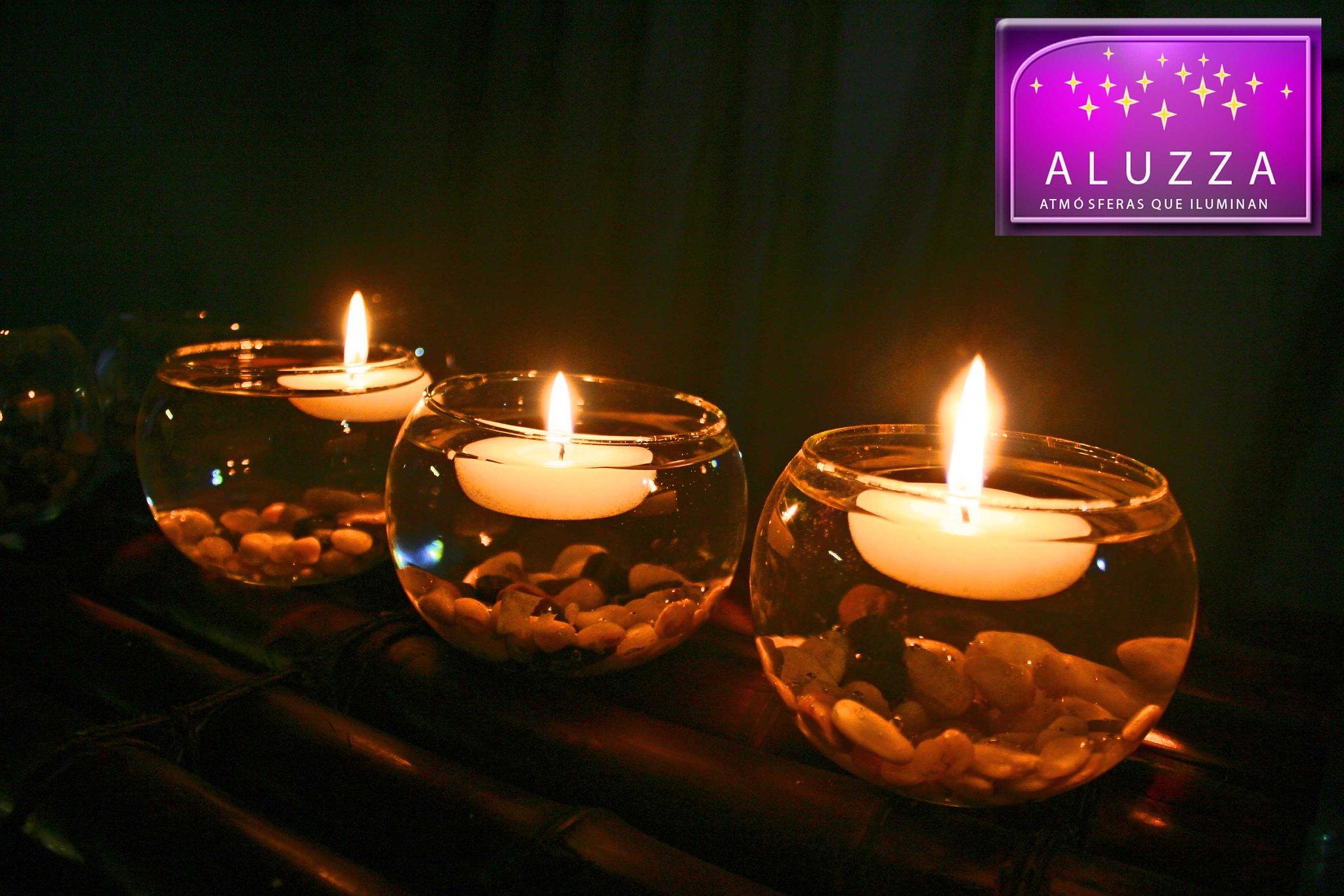 Peceras de cristal con velas flotantes y piedra aluzza - Como hacer velas flotantes ...