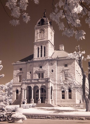 Infrared image of the Rockingham County Courthouse