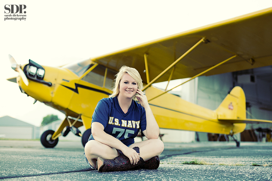 senior portraits with airplane