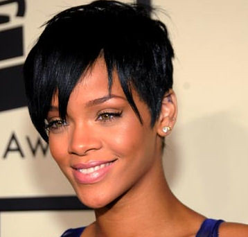 88b7f0e7a165d6ab_rihanna_hair_cuts_1