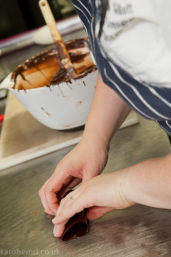 Building the chocolate cannelloni