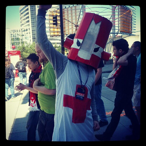Red Knight rejoices for #CastleCrashers on #Steam! Watch out! He's coming your way, @thebehemoth! #PAX