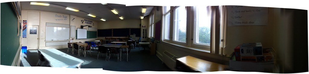 panoramic pic of my grade 9 classroom.
