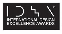 La série de chariots à mât rétractable ESR 5000 vient de remporter la médaille d'or IDEA 2010.