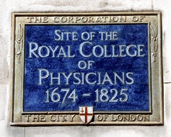 Photo of Royal College of Physicians blue plaque