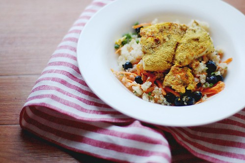 quinoa salad w/ spicy baked tofu, blueberries & mixed seeds.