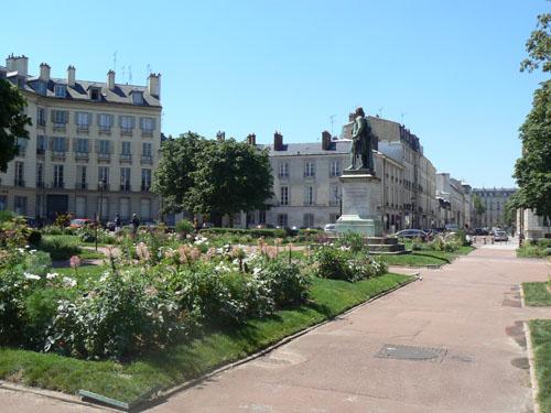 place Hoche 2.jpg