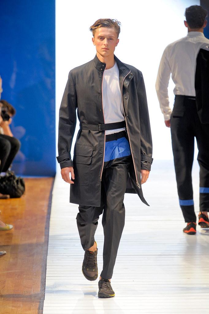 Max Rendell3076_SS13 Paris Christian Lacroix(fashionising.com)